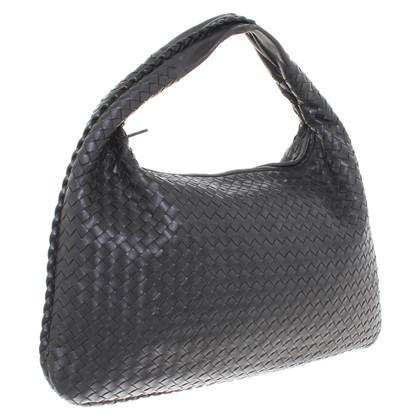 """Bottega Veneta """"Veneta Bag Large"""" in zwart"""