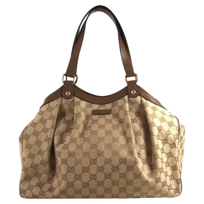 "Gucci ""Sukey Bag"""
