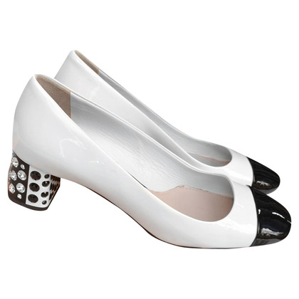 Miu Miu Pumps aus Lackleder