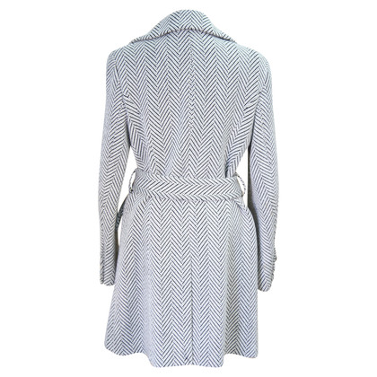 Karen Millen Coat in black / white