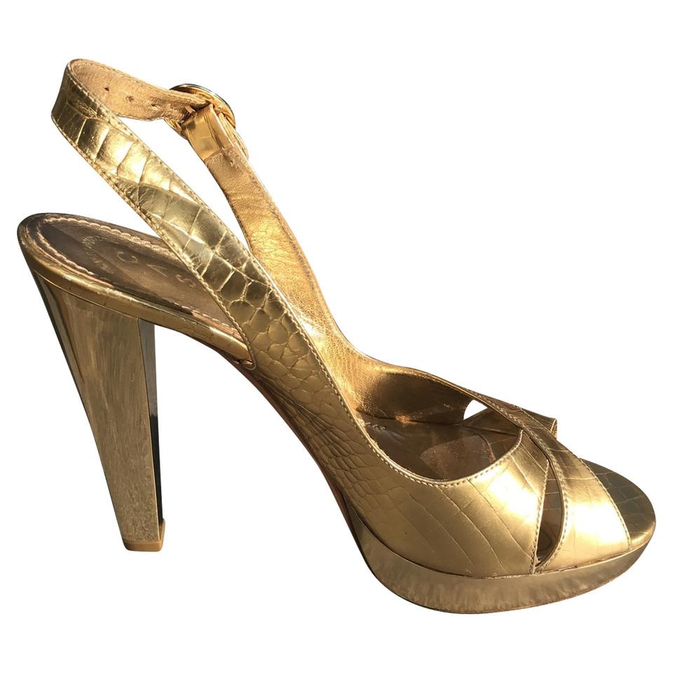 casadei goldfarbene sandaletten second hand casadei goldfarbene sandaletten gebraucht kaufen. Black Bedroom Furniture Sets. Home Design Ideas