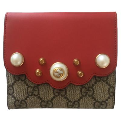 28c8ff1e2f Gucci di seconda mano: shop online di Gucci, outlet/saldi Gucci ...