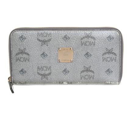 MCM Wallet with Visetos pattern