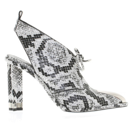 Louis Vuitton Python leer pumps in zwart / White