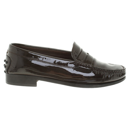 Tod's Lacquer leather slipper in brown
