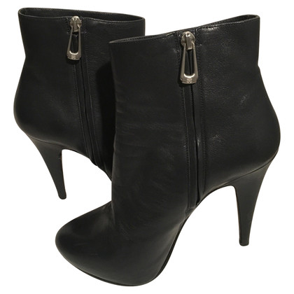 Navyboot Ankle boots with plateau