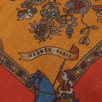 Hermès Cloth with pattern