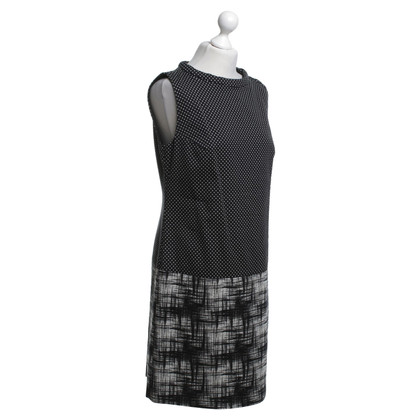 Hugo Boss Dress in black and white