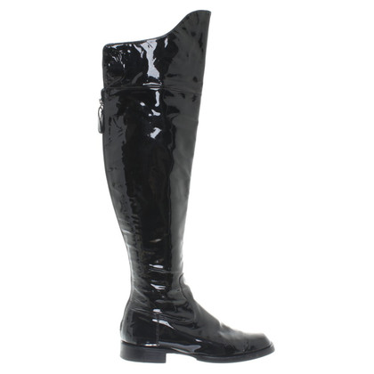 Chanel Overknees from patent leather