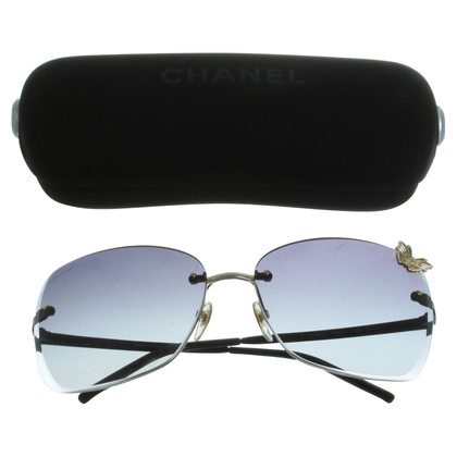 Gucci Sunglasses with application