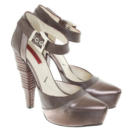 Cesare Paciotti pumps leather