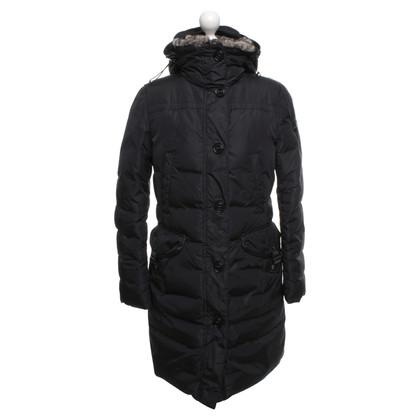 Peuterey Coat in zwart Beneden