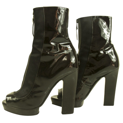 Sergio Rossi Ankle Boots aus Lackleder