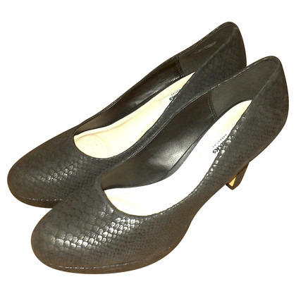 Clarks pelle di serpente pumps