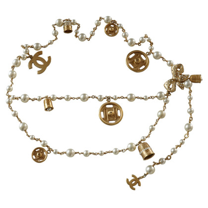 Chanel Chain belt with pearls