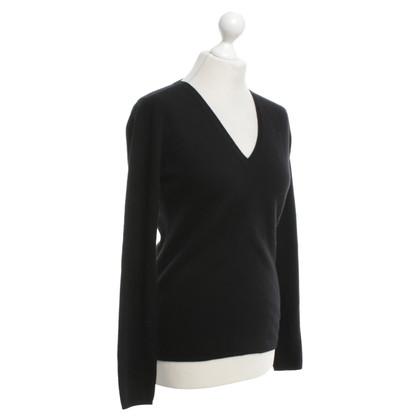 FTC Cashmere sweater