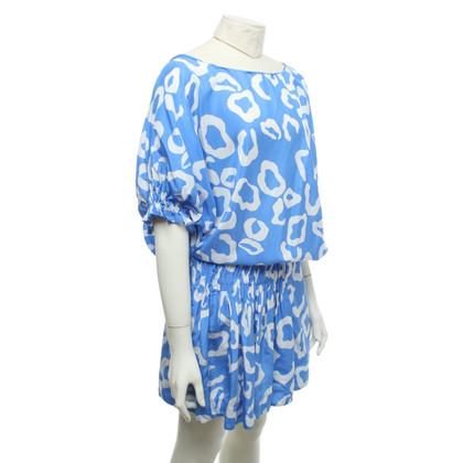 Diane von Furstenberg Jurk in blauw / wit