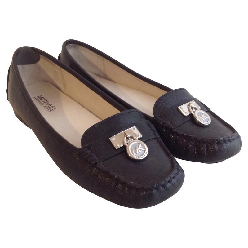 michael kors slipper mit logo anh nger second hand. Black Bedroom Furniture Sets. Home Design Ideas
