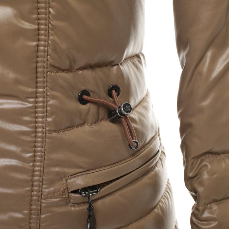 Moncler Donzen jas in beige