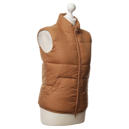 Closed Vest in lichtbruin