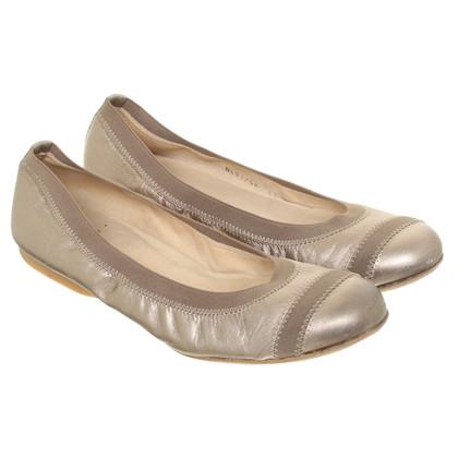 Stuart Weitzman Goldfarbene Ballerinas aus Leder