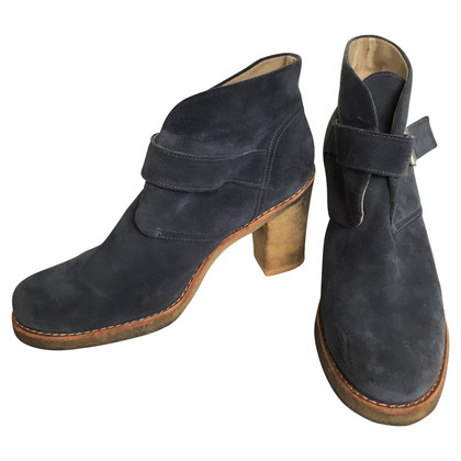 UGG Australia Ankle boots with lambskin lining