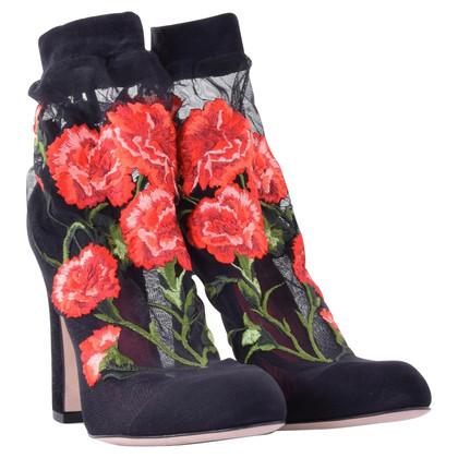 Dolce & Gabbana Pumps mit floraler Stickerei