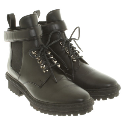Balenciaga Lace-up enkellaarsjes in zwart