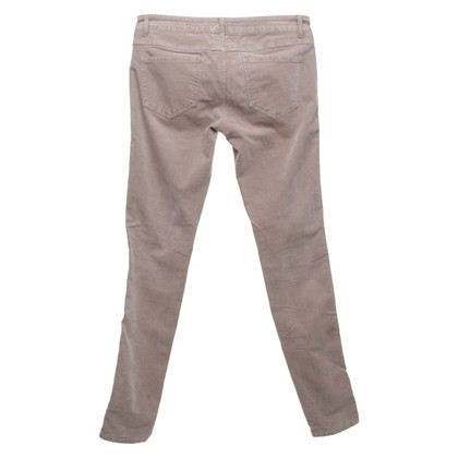 Closed trousers in blush pink