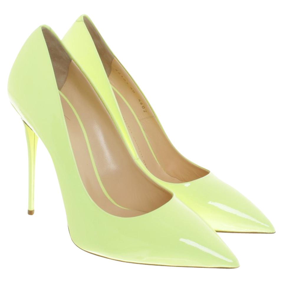 Giuseppe Zanotti pumps in verde lime