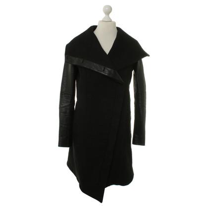 Helmut Lang Coat in black