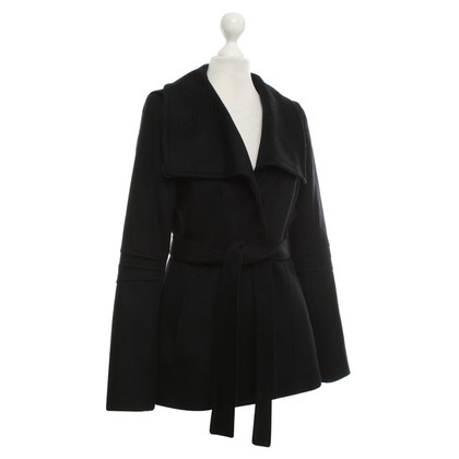 Reiss Cappotto in nero