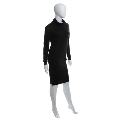 Patrizia Pepe Wool dress in black