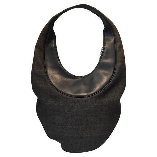 Bulgari Schultertasche in Schwarz Schwarz