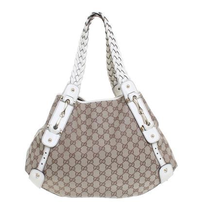 Gucci Amanti dello shopping con il modello Guccissima