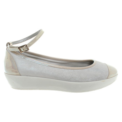Hogan Ballerinas in Gray