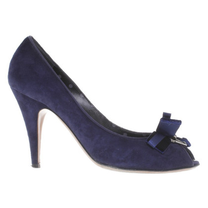 Moschino Cheap and Chic Peeptoes in Blau