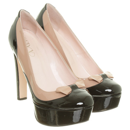 Red Valentino Loop detail peep toe pumps