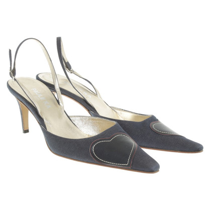 Paule Ka Pumps mit Herz-Applikation