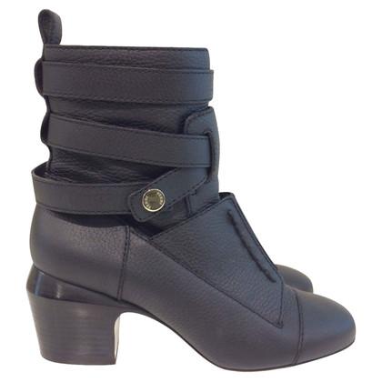 Fendi Black boots