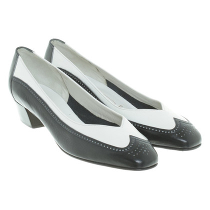 Bally Pumps in Bicolor