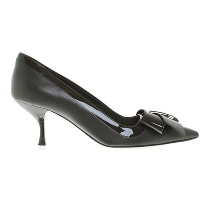 Miu Miu Pumps in Oliv