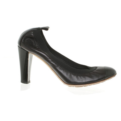 Chanel pumps leer