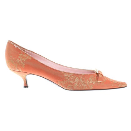 D&G Pumps in Orange