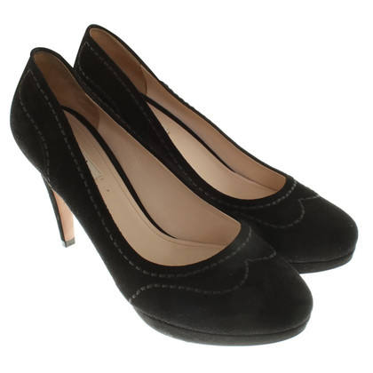 Prada Suede pumps in black