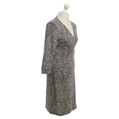 Diane von Furstenberg Wrap dress in black / white