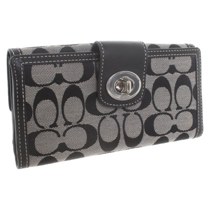 Coach Wallet with logo embroidery