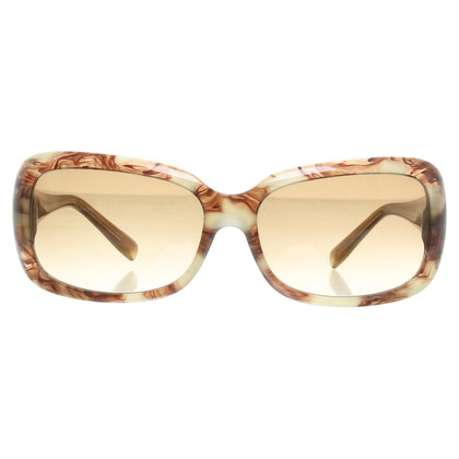 Vera Wang Brown sunglasses