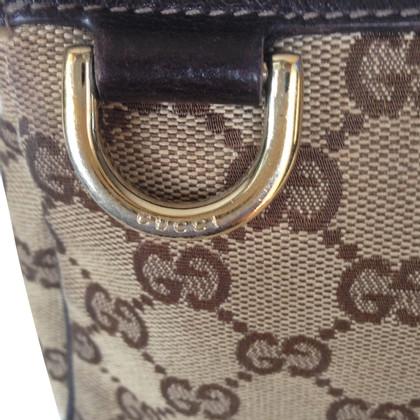 Gucci GG canvas shoulder bag in canvas.