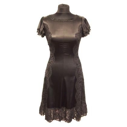 Dolce & Gabbana Schwarzes Kleid mit Spitze